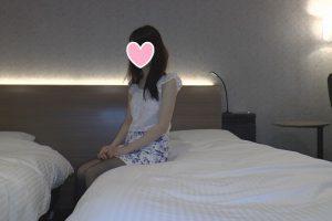 【個人撮影】顔出し 色白スレンダーで綺麗な女子大生21歳と、生3Pしちゃいましたwww【高画質版有】